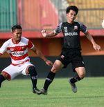 Persik Kediri Tebus Klausul Buy Out Risna Prahalabenta dari Madura United