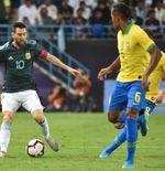 Pemain Timnas Brasil Gantian Tendang Messi saat Lawan Argentina