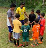 Latihan Bayu Pradana Diikuti ''Calon'' Pemain Masa Depan Timnas Indonesia