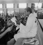 Peran Besar Muhammad Ali di Balik Kelahiran Musik Hip Hop
