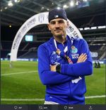 Iker Casillas Pensiun, Gianluigi Buffon Sampaikan Pesan Menyentuh