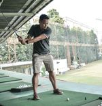 Dedi Kusnandar Coba Main Golf untuk Isi Waktu Luang