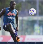 Bukan Kalidou Koulibaly, Presiden Napoli Sebut Liverpool Mengincar Bek Lainnya