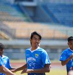 Bek Muda Persib Bandung Bertekad Memaksimalkan Latihan Mandiri