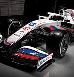 Guenther Steiner Bantah Livery Mobil Haas Terinspirasi dari Bendera Rusia