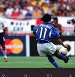 VIDEO: Gol Ronaldinho yang Membuat Pemain Inggris Bertanya, Apakah Itu Umpan Silang