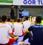 Kensuke Takahashi BagiIlmu Timnas Futsal Indonesia ke Tim PON NTB