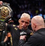 Hasil Lengkap UFC 262: Charles Oliveira Jadi Raja Baru di Kelas Ringan