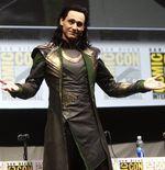 Punya Tubuh Fit, Tom Hiddleston ''Loki'' Ternyata Dilatih Angkatan Laut Inggris
