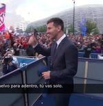 VIDEO: Lionel Messi Sapa Para Fans PSG di Luar Stadion Parc des Princes