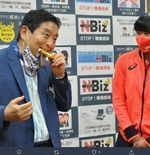 Medali Emas Olimpiade Tokyo 2020 Digigit Pejabat, Atlet Sofbol Jepang Dapat Medali Pengganti dari IOC