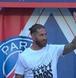 VIDEO:  Sergio Ramos ketika Tampil di Parc des Princes dalam Perkenalan kepada Suporter