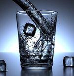 Bahaya Minum Air Es yang Perlu Diwaspadai