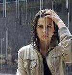 Lima Cara Atasi Pusing dan Sakit Kepala setelah Kehujanan