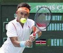 Christopher Rungkat saat turun di Piala Davis yang diadakan di Lapangan Tenis GBK, Jakarta (6/3).