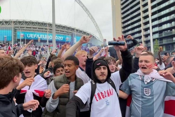 'Wembley Variant': Varian Baru Covid-19 di Inggris Usai Final Euro 2020