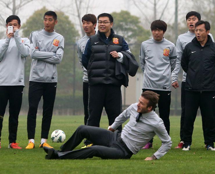 Wuhan Zall, Klub Asal Wuhan Diundang ke Laga El Clasico