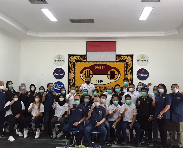 5 Lifter Indonesia Lolos Kualifikasi Olimpiade Tokyo 2020