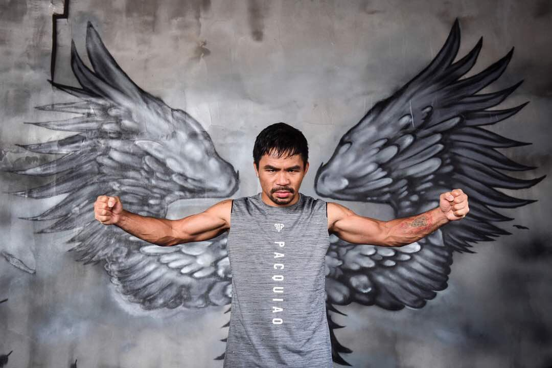 Petinju veteran asal Filipina, Manny Pacquiao, siap kembali naik ring untuk melakoni duel ekshibisi melawan mantan petarung MMA, Conor McGregor, tahun depan.