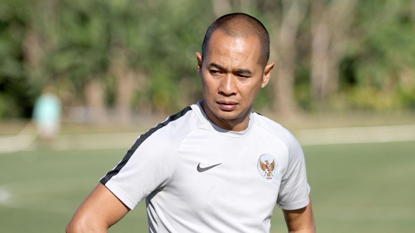 Kurniawan Dwi Yulianto, saat masih menjadi asisten pelatih timnas Indonesia U-23 pada SEA Games 2019.