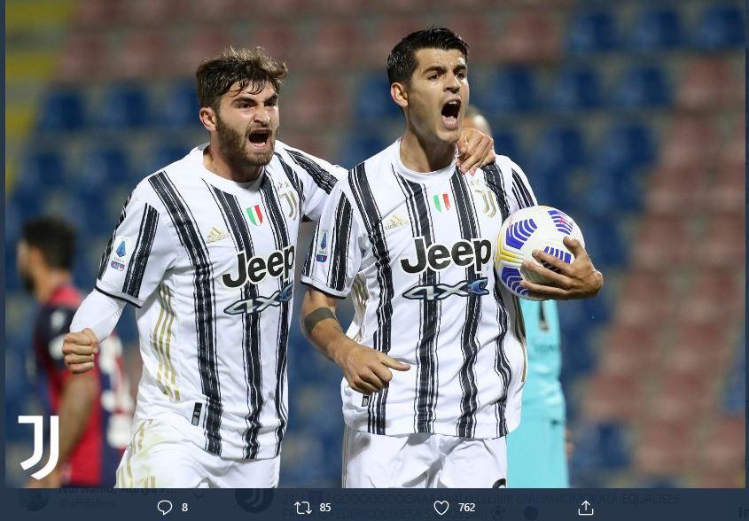 Alvaro Morata merayakan gol pertama Juventus ke gawang Crotone, Sabtu 17 Oktober 2020