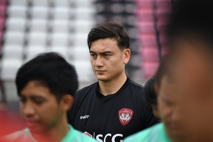 Kiper timnas Vietnam dan Cerezo Osaka, Dang Van Lam, saat membela Muangthong United.