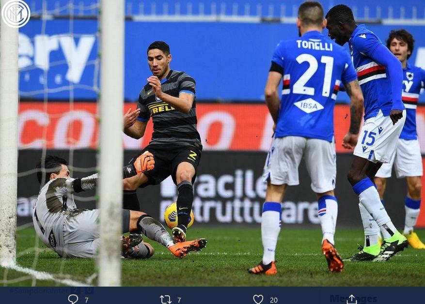 Bek sayap Inter Milan, Achraf Hakimi, saat mendaatkan peluang di depan gawang Sampdoria, dalam laga Rabu (6/1/2021) malam.
