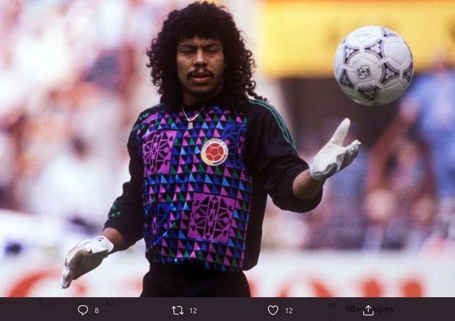 Kiper legendaris asal Kolombia, Rene Higuita.