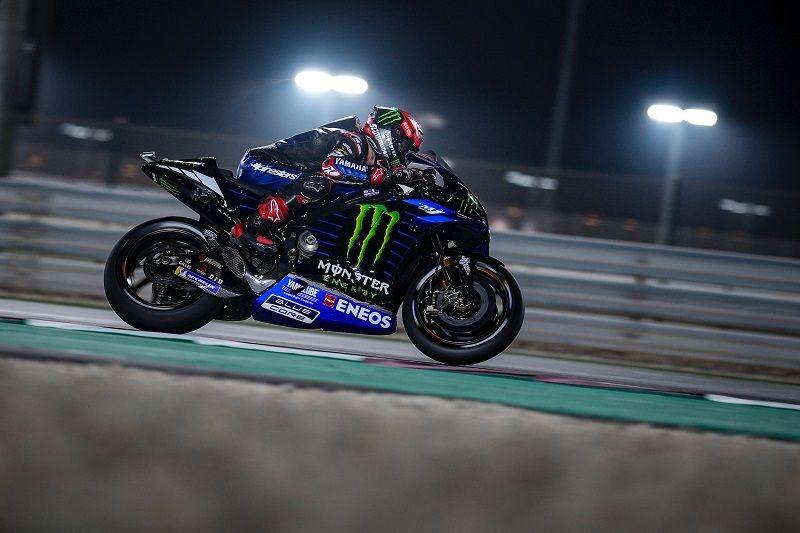 Fabio Quartararo (Monster Energy Yamaha) saat tampil dalam sesi kualifikasi MotoGP Doha 2021 yang digelar di Sirkuit Losail, Qatar pada Minggu (4/4/2021) dini hari WIB.