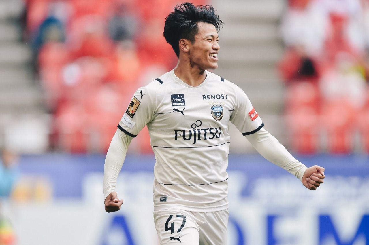 Reo Hatate cetak gol untuk Kawasaki Frontale ke gawang Nagoya Grampus di Meiji Yasuda J1 League, Kamis (29/4/2021).