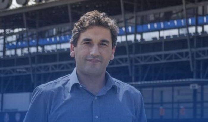 Eduardo Almeida, resmi diperkenalkan sebagai pelatih Arema FC pada 3 Mei 2021.