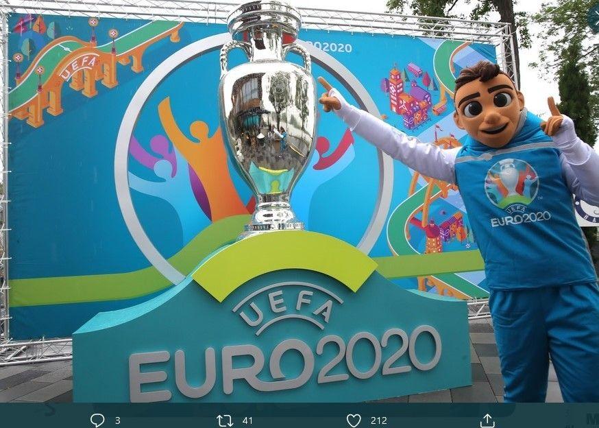 Maskot Piala Eropa 2020, Skillzy