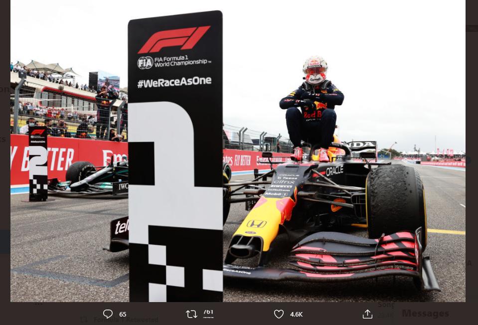 Pose kemenangan Max Verstappen (Red Bull Racing) usai finis pertama di F1 GP Prancis pada Minggu (20/6/2021).