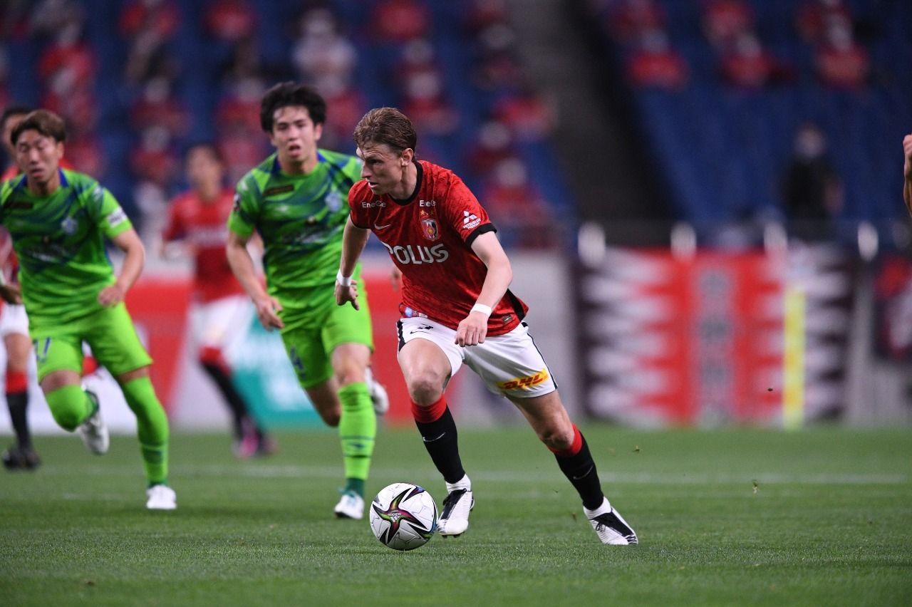 Kasper Junker saat membela Urawa Red Diamonds lawan Shonan Bellmare pada laga Meiji Yasuda J1 League 2021.