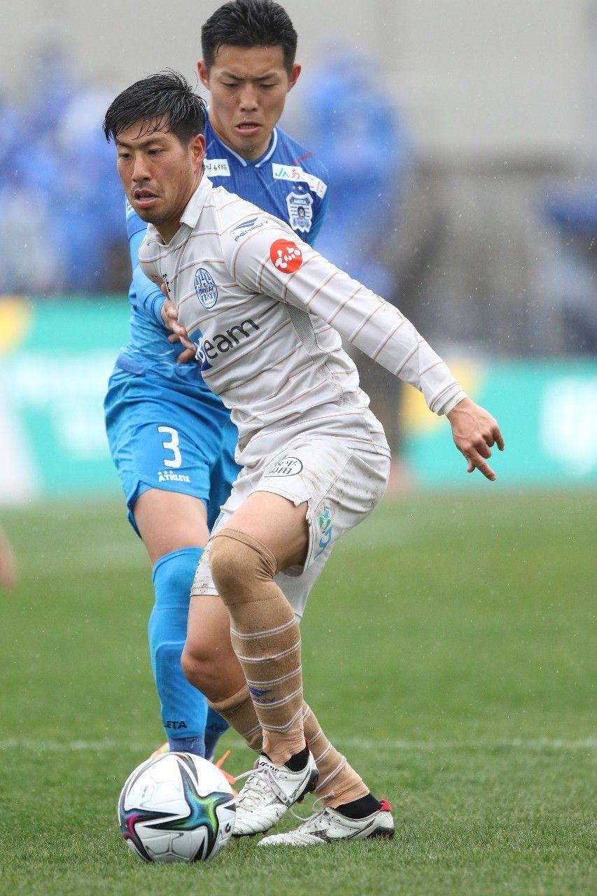 Derbi Ou Honsen di J.League, Blaubitz Akita vs Montedio Yamagata.