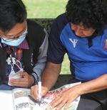 Kisah Ainul Budi, Fans Pengoleksi Berita Deltras Sidoarjo sejak SD yang Enggan Berpaling Mendukung Tim Lain