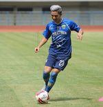 Cedera Retak Tulang Rusuk, Kim Jeffrey Kurniawan Absen Saat Persib Hadapi Madura United