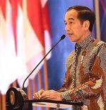 Sepak Bola Kembali Menggeliat, Presiden Jokowi Tuai Pujian dari Warganet