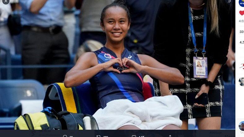 Petenis 19 tahun asal Kanada, Leylah Annie Fernandez, berhasil melanjutkan kejutannya dengan berhasil menembus semifinal turnamen tenis Grand Slam US Open 2021.