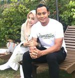 Lilis Marni, Sosok Cantik Istri Calon Wakil Bupati Bandung yang Eks-Kapten Persib Atep