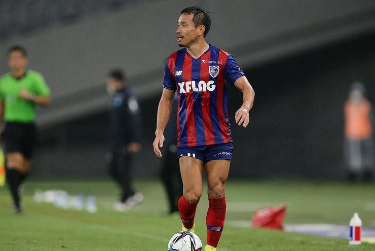Penyerang F.C.Tokyo Dapat Kartu Merah, Justru Yuto Nagatomo yang Minta Maaf