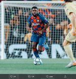 Samuel Umtiti Absen Bela Barcelona sampai Akhir Musim