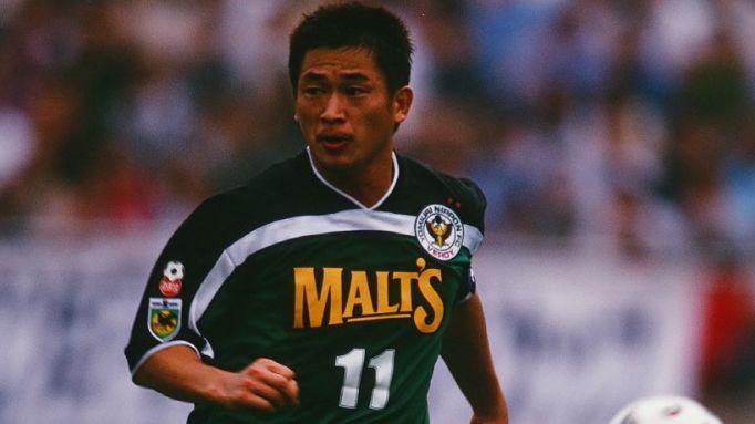 Kazuyoshi Miura bermain untuk Verdy Kawasaki (sekarang Tokyo Verdy) dan jadi top skor J.League 1996.