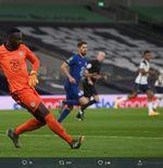 2 Masalah Baru Chelsea: Ben Chilwell Diisolasi dan Edouard Mendy Cedera