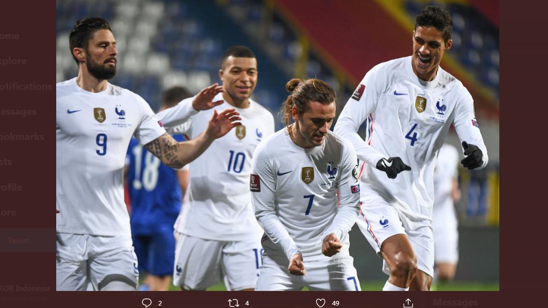 Para pemain timnas Prancis merayakan gol Antoine Griezmann.