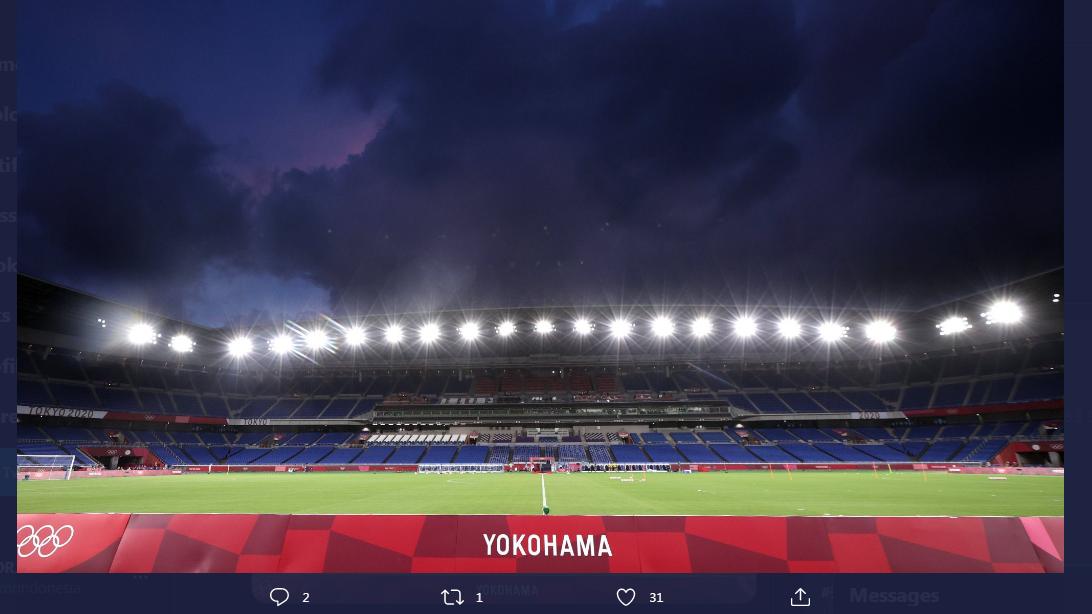 Nissan Stadium alias International Stadium Yokohama, kandang Yokohama F. Marinos.