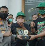 Bonek Buat Gerakan Satu Juta Masker untuk Hijaukan Surabaya dari Covid-19