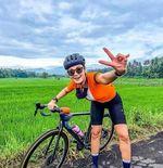 5 Artis Cantik Pilih Road Bike, Luna Maya hingga Anya Geraldine
